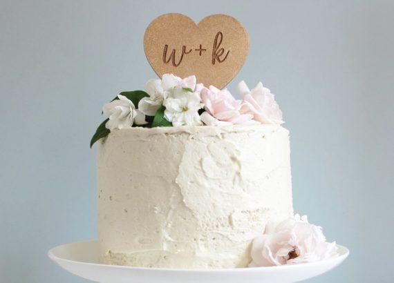 Topper γαμήλιας τούρτας