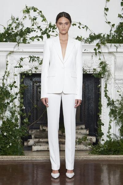 υπέροχο λευκό κουστούμι-11