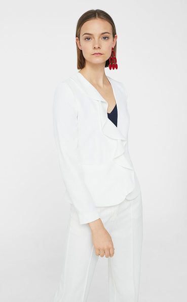 υπέροχο λευκό κουστούμι-5