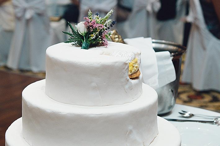 η λευκή τούρτα