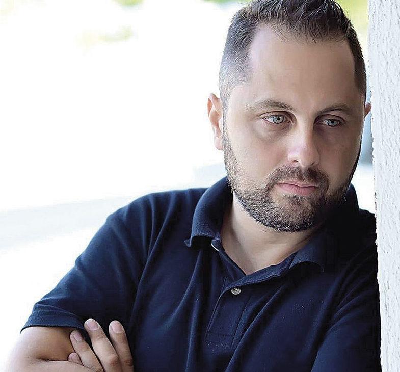 Αλέξανδρος Κεραμιδάκης Icon Photo Studio Next Day φωτογράφηση