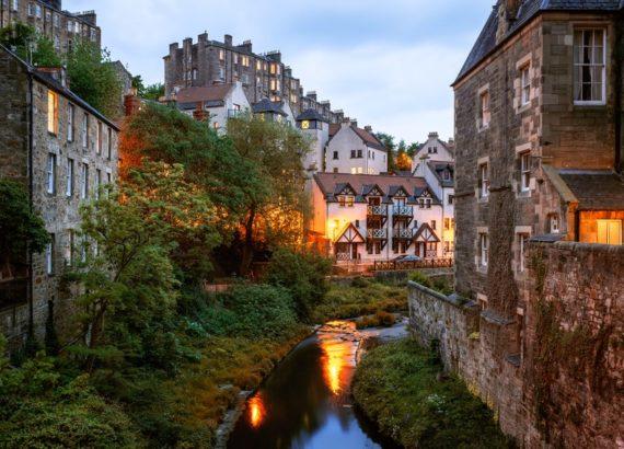Πρόταση γάμου στο  Εδιμβούργο