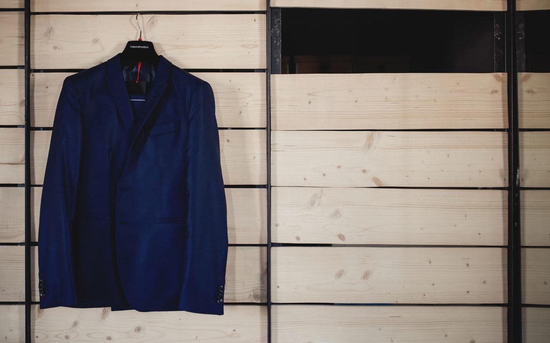 μπλε κοστούμι από Carlo Pigniatelli