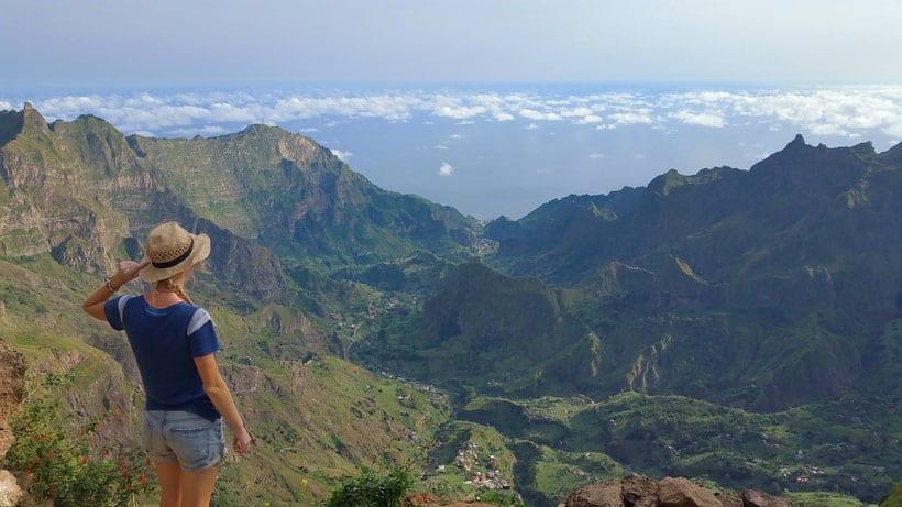 πεζοπορία στα βουνά  στο Πράσινο Ακρωτήριο